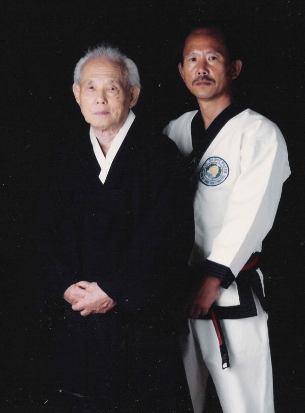Moo Duk Kwan Founder Hwang Kee and H.C. Hwang, Kwan Jang Nim